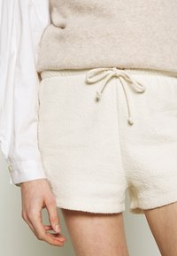 American Vintage - BOBYPARK - Shorts - ecru - 5