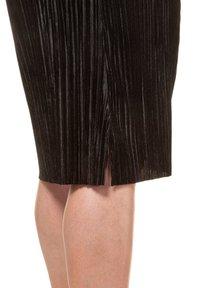 Ulla Popken - A-line skirt - black - 3
