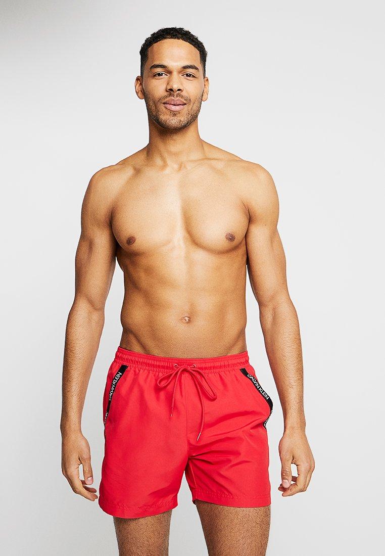 Calvin Klein Swimwear - MEDIUM DRAWSTRING - Badeshorts - lipstick red