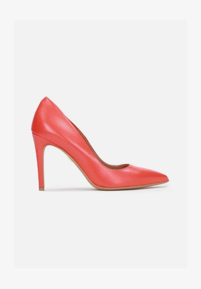 ANNE - Zapatos altos - red