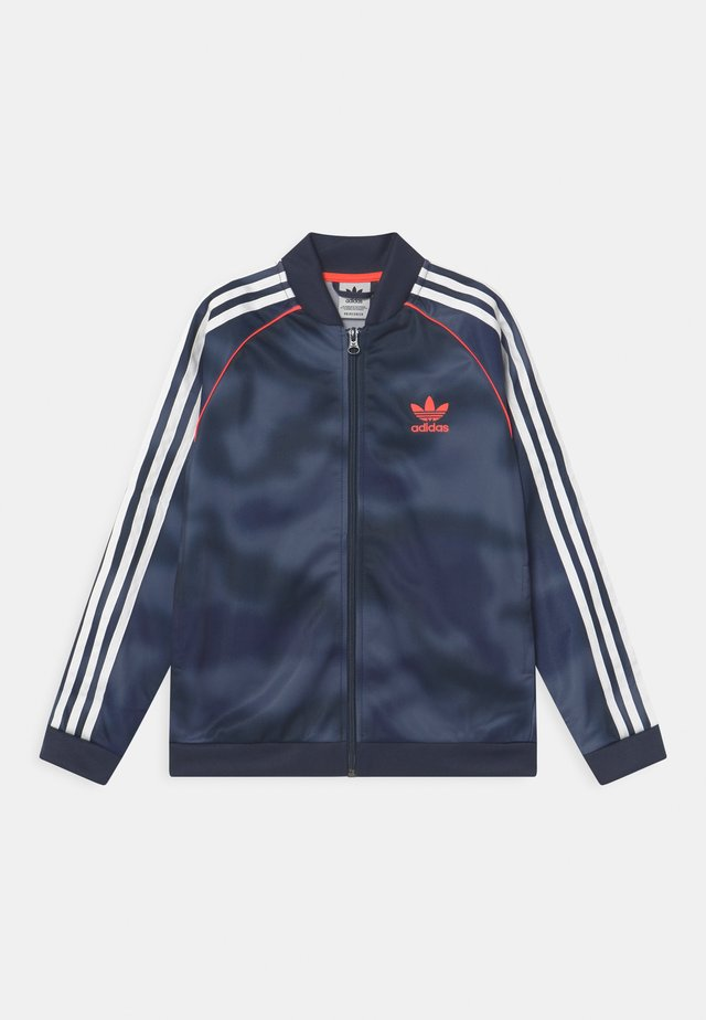 CAMO SUPERSTAR UNISEX - Training jacket - crew blue/white/solar red