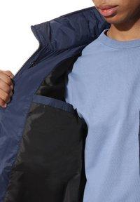 Vans - MN BURNS MTE - Winter jacket - drsbls/antiquewht/infnty - 3