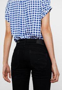 G-Star - MIDGE MID BOOTCUT   - Bootcut jeans - pitch black - 6