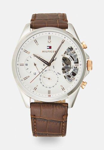 BAKER - Chronograph watch - brown/white