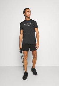 Casall - TRAINING - Pantaloncini sportivi - black - 1