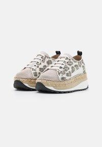 Gaimo - TIERRA - Sneakers laag - carmela/pesca silk stone - 2