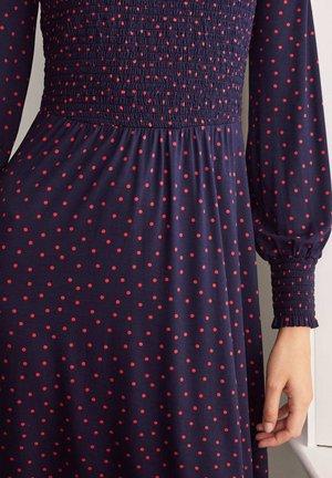 Day dress - navy/weihnachtssternrot, polka-tupfen