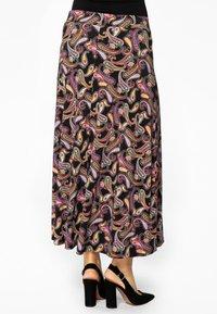 Yoek - Maxi skirt - black - 2