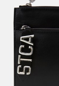 Just Cavalli - BAND WITH A CONTRAST LOGO - Bum bag - black - 8