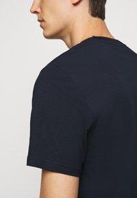 J.LINDEBERG - SILO TEE - T-shirt basic - navy - 6