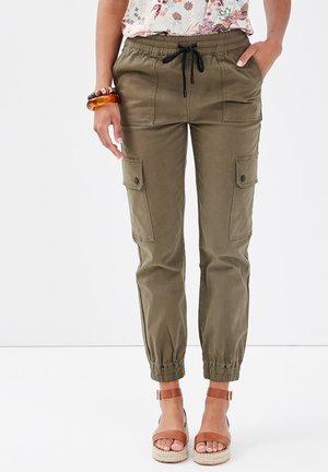 KAMPF - Cargo trousers - vert kaki