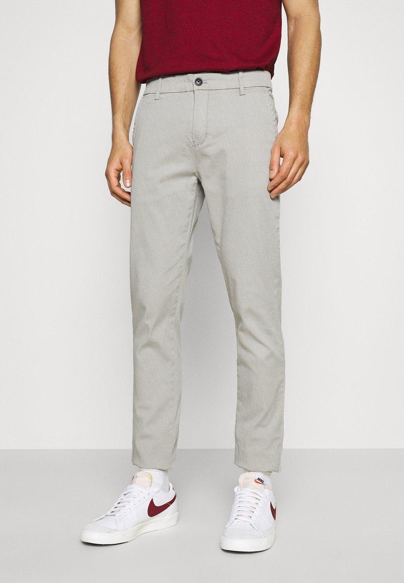 Lindbergh - SUPERFLEX PANTS  - Pantalon classique - light grey