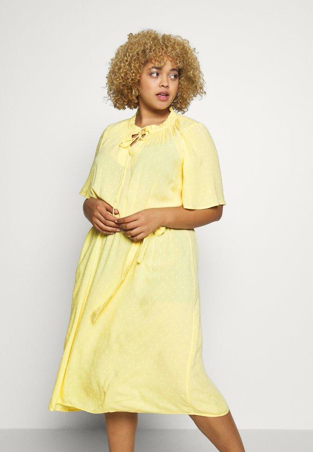 CARPINTA DRESS  - Sukienka letnia - pineapple slice