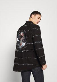 Be Edgy - BEACTON - Shirt - black batic - 2