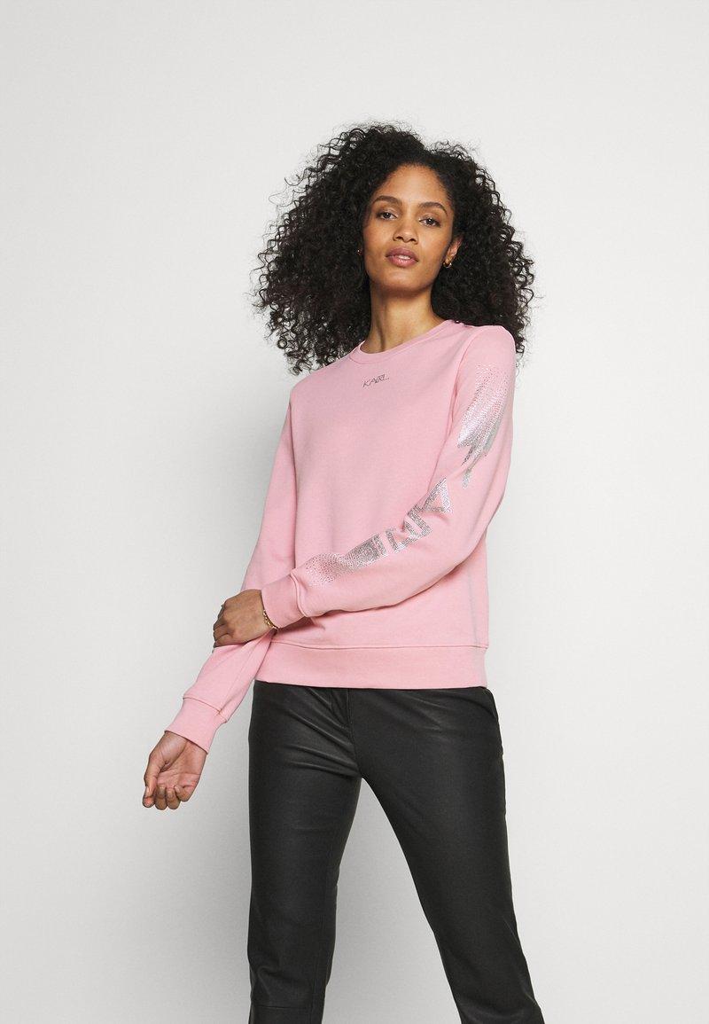 KARL LAGERFELD - RHINESTONE LOGO - Sweatshirt - pink
