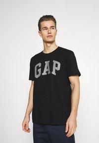 GAP - BASIC ARCH 3 PACK - T-shirt med print - multi - 4