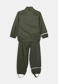 Name it - NKNDRY RAIN SET - Rain trousers - thyme - 2