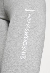 Nike Sportswear - Legging - grey heather/white - 5