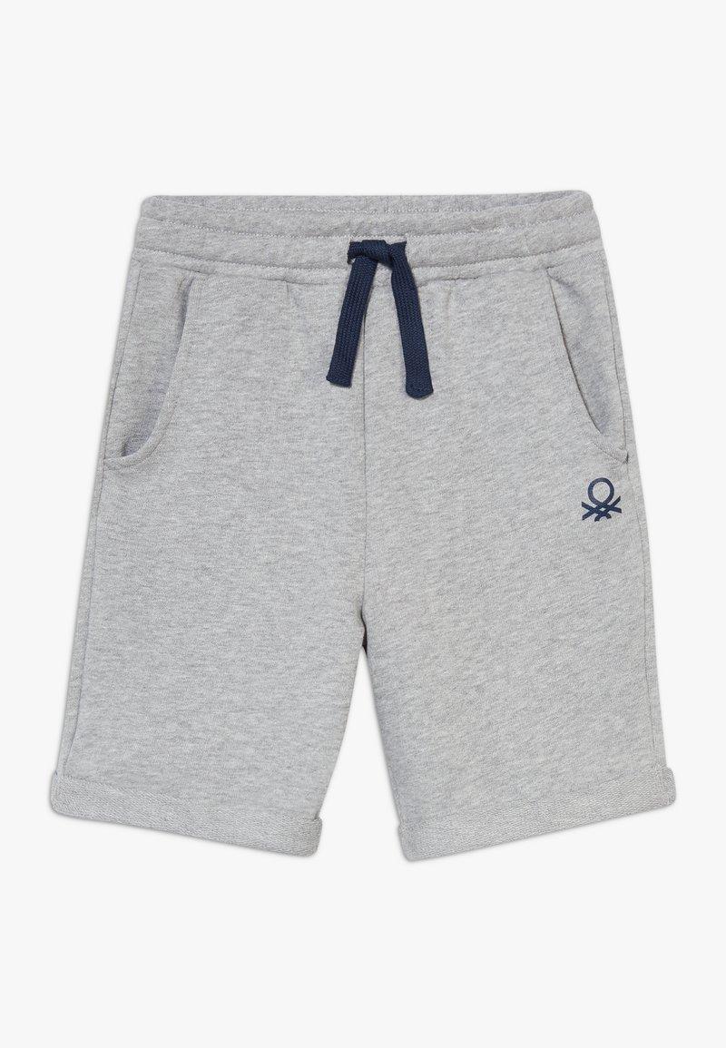 Benetton - BERMUDA - Shorts - grey