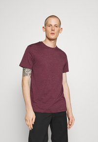Burton Menswear London - 7 PACK - T-Shirt basic - burgundy - 1