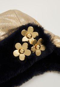 Little Marc Jacobs - CHAPKA - Berretto - light gold - 4
