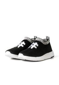 Rens Original - WATERPROOF COFFEE SNEAKERS - Sneakers laag - rebel black - 3