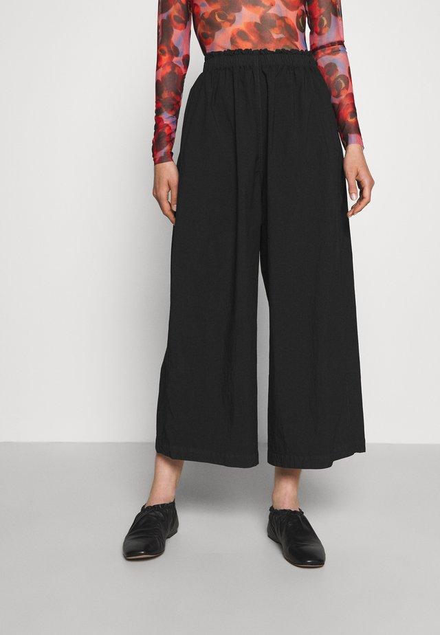 CAN PANTS - Kalhoty - black