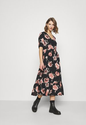 PCRIMMA 2/4 DRESS - Maxi dress - black
