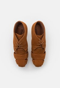 Jeffrey Campbell - FORD - Lace-up ankle boots - tan - 5
