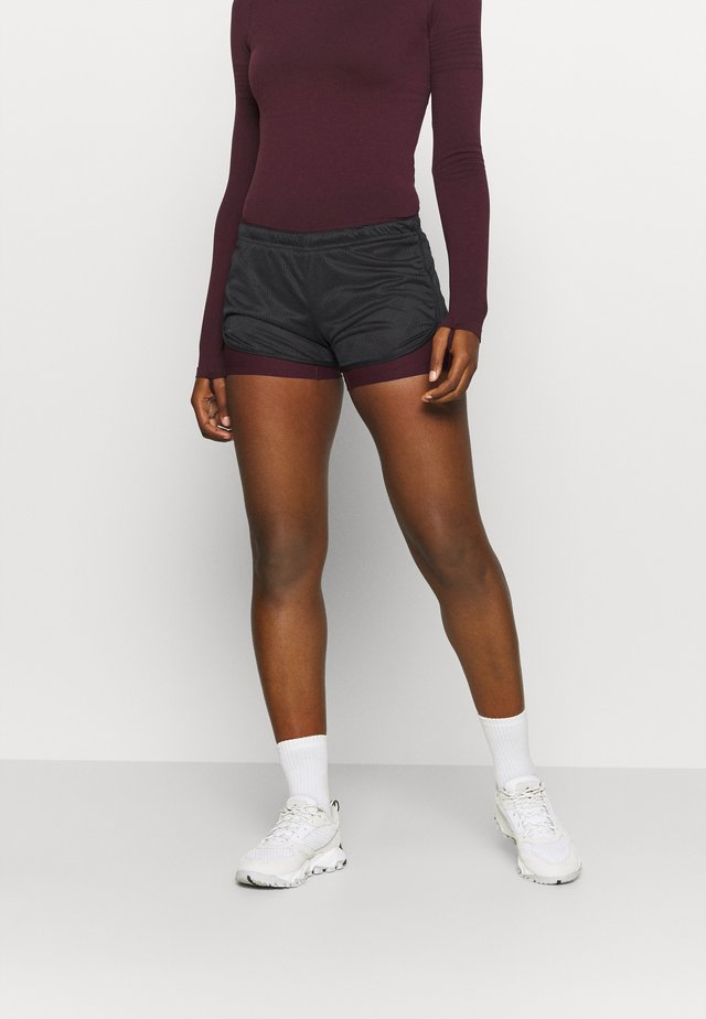 AGILE 2IN1 SHORT  - Shorts - black/winetasting
