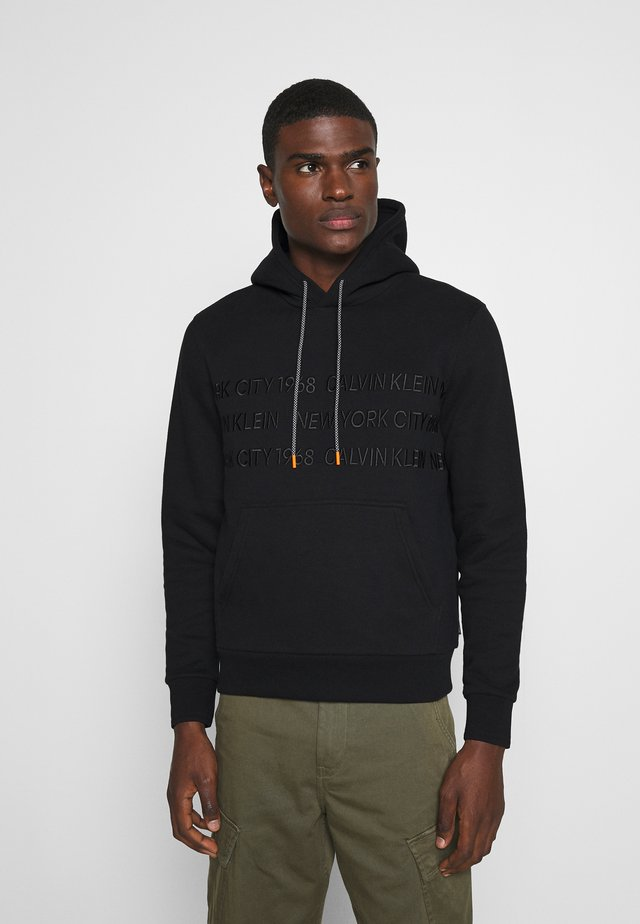 GRAPHIC EMBROIDERY HOODIE - Hoodie - black