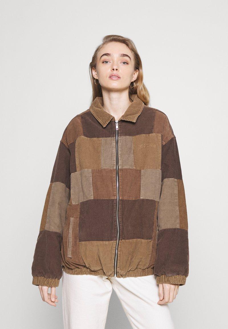 BDG Urban Outfitters - PATCHWORK HARRINGTON  - Summer jacket - brown