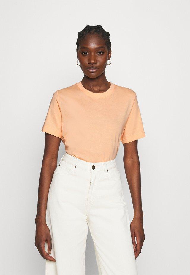 T-SHIRT - Jednoduché triko - apricot