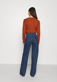 NU-IN - STEFANIE GIESINGER X nu-in HIGH WAIST EXTRA LONG LOOSE FIT JEANS - Relaxed fit jeans - mid blue wash - 2