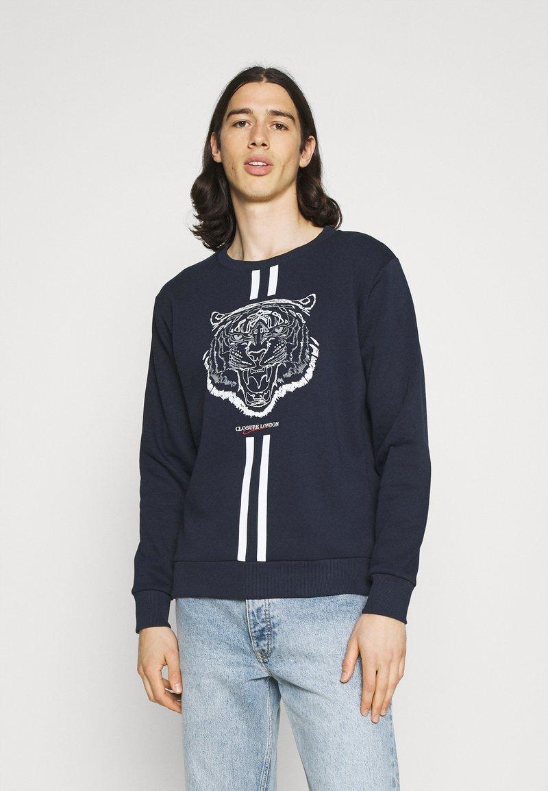 CLOSURE London - FURY CREWNECK - Sweatshirt - navy