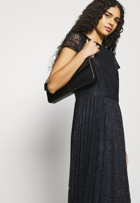 Dorothy Perkins - Cocktail dress / Party dress - navy - 3