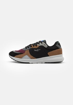 PARK AIR SPORT - Trainers - black
