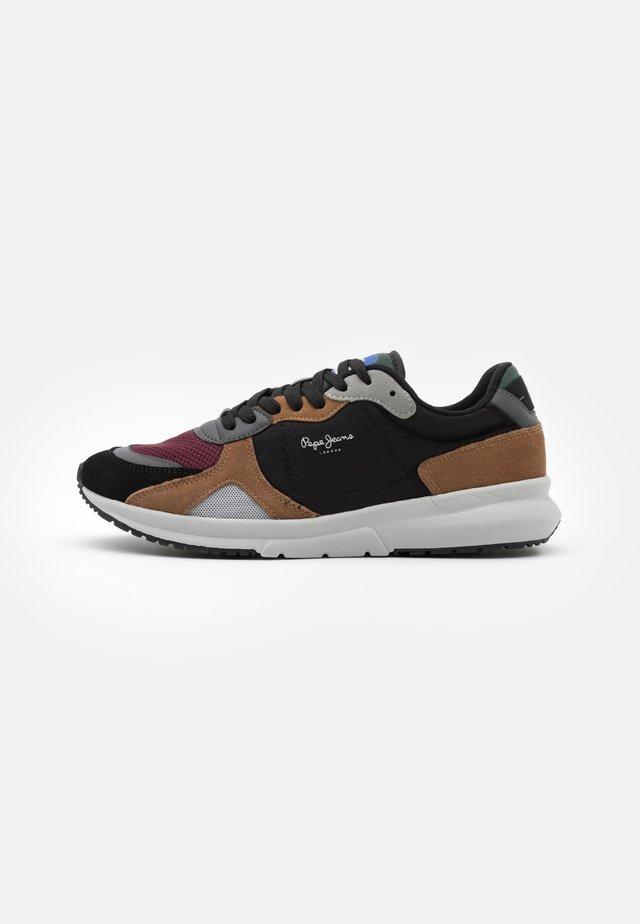 PARK AIR SPORT - Sneakers laag - black