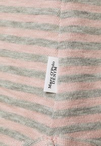 Marc O'Polo DENIM - Long sleeved top - light pink - 2