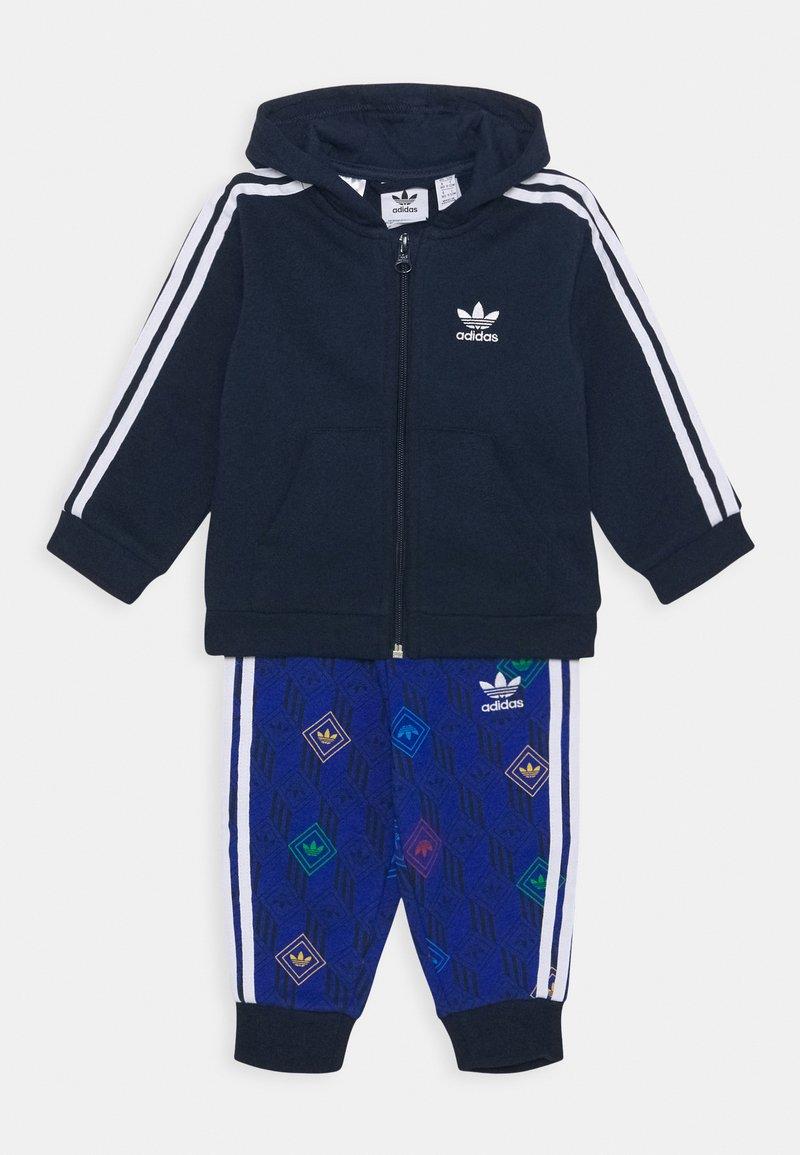 adidas Originals - HOODIE SET UNISEX - Trainingsanzug - conavy/white