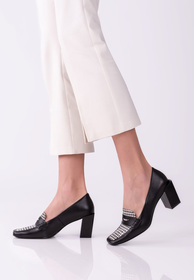 TJ Collection - Classic heels - blue