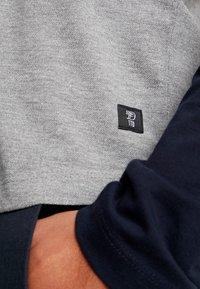 TOM TAILOR DENIM - LONGLSLEEVE CUTLINE - Långärmad tröja - middle grey mélange - 5