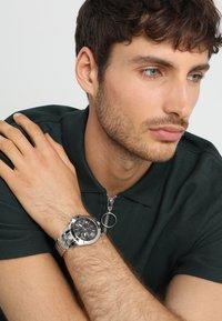 Versus Versace - LION EXTENSION - Chronograph watch - silver-coloured - 0