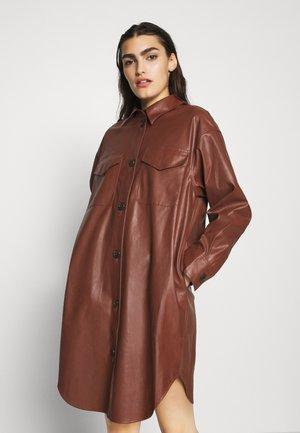 MARIE DRESS - Skjortklänning - brown
