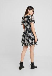 TFNC Petite - WINRY MINI - Day dress - black/white - 3