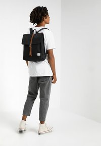 Herschel - CITY MID VOLUME - Rucksack - black/tan - 1