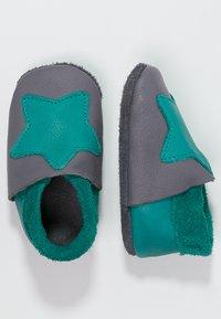 POLOLO - KLEINER STERN  - Chaussons pour bébé - graphit/waikiki - 1