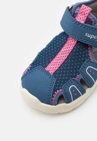 Superfit - WAVE - Sandales - blau/rosa - 5