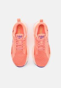Nike Performance - SUPERREP GO 2 - Sports shoes - crimson bliss/concord/crimson tint/team orange/lime glow - 3