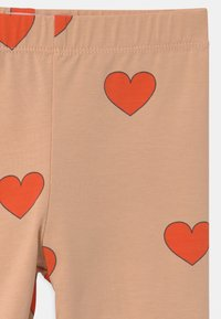 TINYCOTTONS - HEARTS - Legging - light nude/red - 2